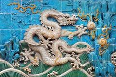 китайский покрашенный символ силы дракона белый Стоковые Фотографии RF