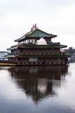 Китайский плавая ресторан Стоковая Фотография