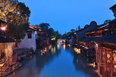 Китайский стародедовский городок на ноче Стоковое Фото