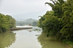 китайский тип озера сада традиционный Стоковые Изображения RF