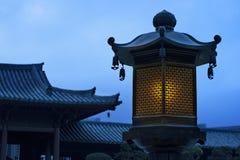 Китайский фонарик в китайском виске стоковое изображение rf