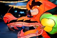 Китайский фонарик дракона в стиле мультфильма стоковые изображения rf