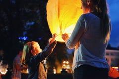 Китайский фонарик на ноче Стоковые Изображения RF