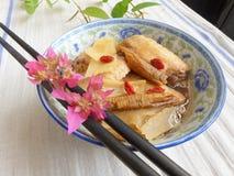 Китайский цыпленок тарелки в вине & травах Стоковое Изображение
