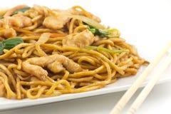 Китайский цыпленок Lo Mein Стоковые Фото