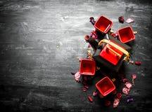 Китайский чай с цветками и травами Стоковое Фото