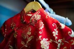 Китайское silk платье Стоковая Фотография RF