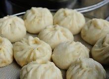 Китайской плюшки испаренные едой Стоковое Изображение