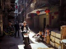Китайцы подпирают переулки Шэньчжэнь Китай стоковые изображения