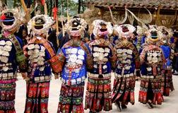 китайцы танцуют традиционное Стоковые Изображения