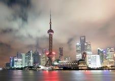 Китай взгляд shanghai ночи Район Пудуна стоковая фотография