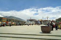 Китай, Тибет, Лхаса, дворец Yokhang стоковое изображение