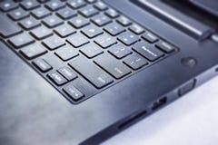 Клавиатура компьтер-книжки в близком знакомстве с камерой Стоковое Изображение