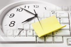 Клавиатура часов и компьютера Стоковая Фотография RF
