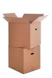 кладет картон в коробку изолировал 2 Стоковое фото RF
