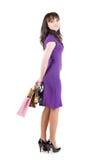кладет красивейшую shoping женщину в мешки Стоковое Изображение RF