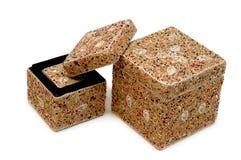 кладет jewellery в коробку Стоковое Изображение RF