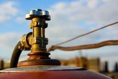 Клапан газового баллона конца-вверх снаружи Стоковые Фотографии RF