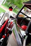 классика автомобиля красотки светит Стоковое Фото