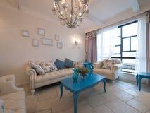 классицистическая живущая роскошная комната Стоковые Фотографии RF