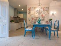 классицистическая обедая роскошная комната Стоковое Фото