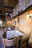 классицистические таблицы ресторана Стоковая Фотография RF