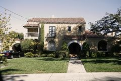Классицистический дом на полуострове юга Калифорнии Сан Фрэнсиса стоковые фотографии rf