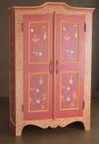 классицистический кухонный шкаф деревянный Стоковое фото RF