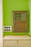 Классицистический кухонный шкаф медицины Стоковые Изображения RF