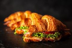 Классические сандвичи круассана BLT стоковая фотография rf