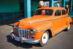 Классический американский модельный автомобиль на городе фильма Ramoji стоковое фото rf