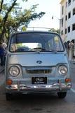 Классический старый крошечный минифургон Subaru стоковые изображения rf