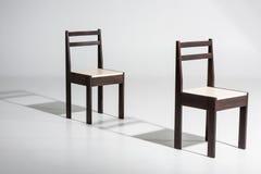 2 классических темных деревянных стуль Стоковое Фото