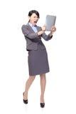 Клекот женщины дела для того чтобы tablet ПК Стоковое фото RF