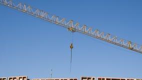 Кливер решетки большого крана конструкции стоковое фото rf