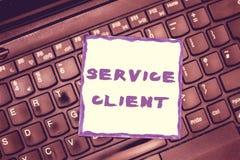 Клиент обслуживания текста почерка Смысл концепции общаясь с удолетворением потребностей клиента и потребностями эффективно стоковые фотографии rf