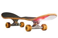 клиппирование изолировало белизну скейтборда путя стоковые фото
