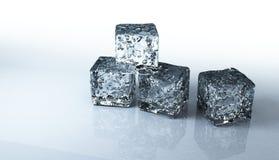 клиппирование предпосылки cubes изолированная льдом белизна путя Стоковые Фото