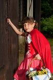 клобук двери стучая меньшим красным riding Стоковое Фото