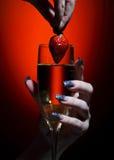 клубника стекла шампанского Стоковые Фото