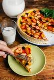 Клубники, голубики и ежевики пирога Взгляд сверху Изображение для каталога меню или кондитерскаи молоко Стоковые Изображения RF