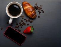 Клубники на черной предпосылке Стоковые Фото