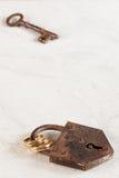 ключевой padlock звенит венчание Стоковые Изображения RF