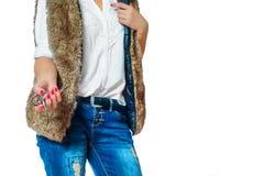 Ключи в руках женщины стоковая фотография rf