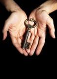 ключ владением рук Стоковое Изображение RF
