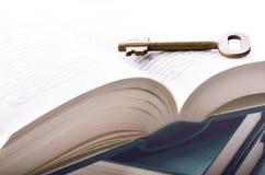 Ключ к знанию Стоковые Изображения