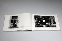 Книга Берлинской стены 1961-1989, который принудили опорожнение на границе Берлина восток-запад стоковые изображения