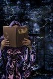 Книга магических заклинаний стоковые фото