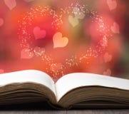 Книга рассказа валентинки стоковые изображения rf