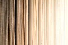 книга старая безшовная текстура страниц книги записывает старый сбор винограда Книги и чтение необходимы для улучшения собственно Стоковое фото RF